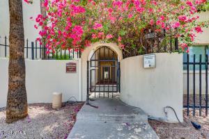 4330 N 5TH Avenue, 112, Phoenix, AZ 85013