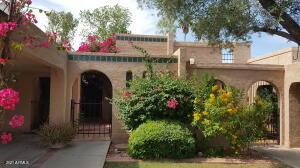 914 E COCHISE Drive, Phoenix, AZ 85020