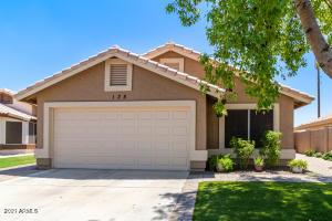 135 S WILLOW CREEK Street, Chandler, AZ 85225