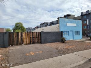 299 S WASHINGTON Street, Chandler, AZ 85225