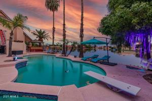 11023 W LAURELWOOD Lane, Avondale, AZ 85392
