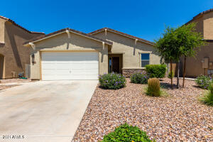 630 W CHAPAWEE Trail, San Tan Valley, AZ 85140