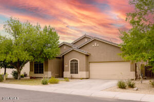 2881 E RIVIERA Place, Chandler, AZ 85249