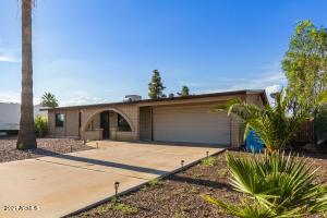 2402 W Morningside Drive, Phoenix, AZ 85023