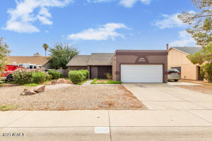 6557 N 73RD Avenue, Glendale, AZ 85303