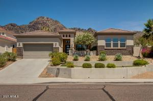 Welcome to 7333 North 22nd Street in the tranquil foothills of Piestewa Peak.