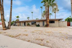 910 E 10TH Place, Mesa, AZ 85203