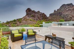 5811 N ECHO CANYON Circle, Phoenix, AZ 85018