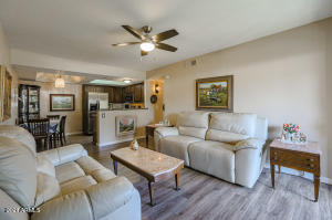 1720 E THUNDERBIRD Road, 1066, Phoenix, AZ 85022