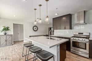 8107 E CLARENDON Avenue, Scottsdale, AZ 85251
