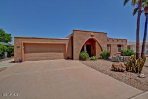 10220 W DESERT ROCK Drive, Sun City, AZ 85351