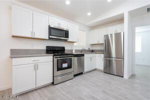 3643 W GARFIELD Street, Phoenix, AZ 85009