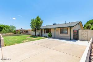 8225 E Jackrabbit Road E, Scottsdale, AZ 85250