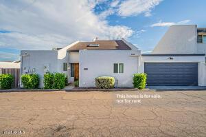 1622 E GARDENIA Avenue, Phoenix, AZ 85020