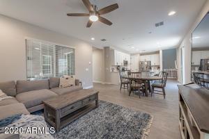 7011 E PORTLAND Street, Scottsdale, AZ 85257