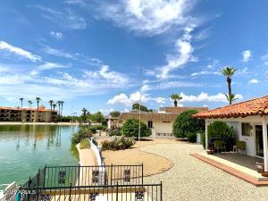 13611 N TAN TARA Point, Sun City, AZ 85351