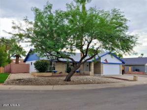 3202 N WOODBURNE Drive, Chandler, AZ 85224