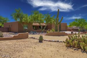39519 N 2nd Place, Phoenix, AZ 85086