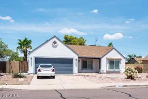 1538 E DAVA Drive, Tempe, AZ 85283