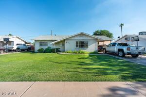 685 W SHANNON Street, Chandler, AZ 85225