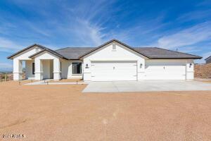 28067 N MCKIVITZ Trail, Queen Creek, AZ 85142