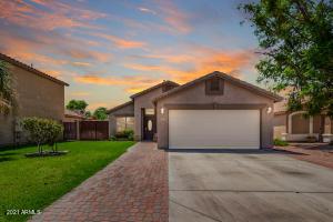 2023 E APPALOOSA Road, Gilbert, AZ 85296