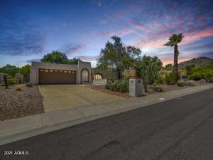 8422 N 18TH Street, Phoenix, AZ 85020