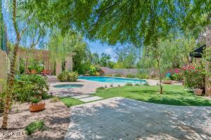 4137 E Colter Street, Phoenix, AZ 85018