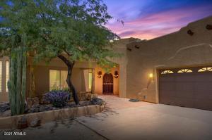 43820 N 24TH Street, New River, AZ 85087