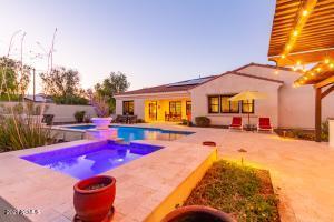 20383 W LOST CREEK Drive, Buckeye, AZ 85396