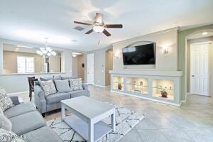 Amazing Modern Great Room!
