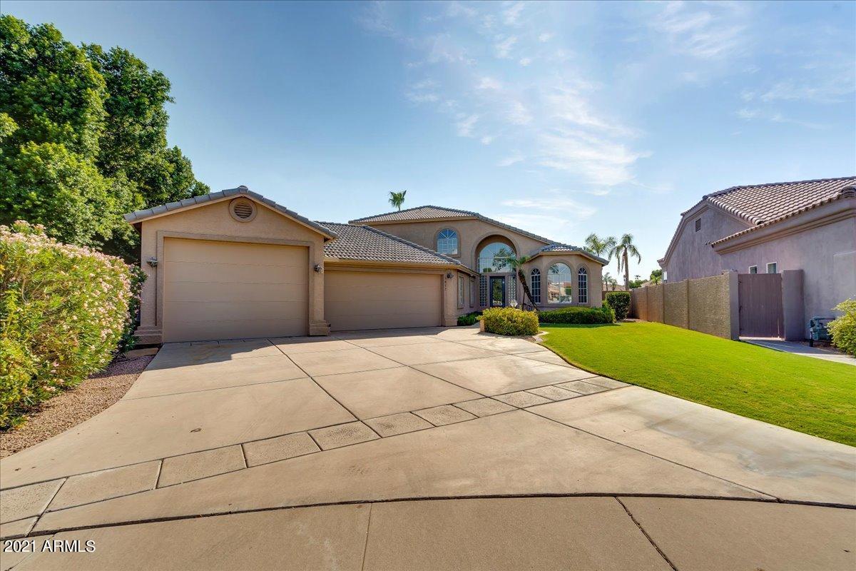 1817 BAY TREE Court, Gilbert, Arizona 85234, 3 Bedrooms Bedrooms, ,3.5 BathroomsBathrooms,Residential,For Sale,BAY TREE,6264581
