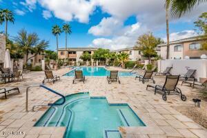 10030 W INDIAN SCHOOL Road, 204, Phoenix, AZ 85037