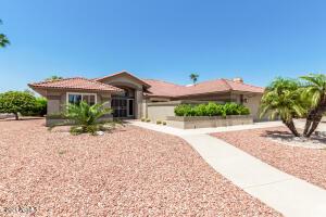21018 N DESERT SANDS Drive, Sun City West, AZ 85375