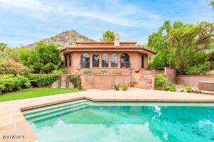 8031 N 54TH Street, Paradise Valley, AZ 85253