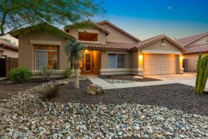 840 N APRIL Drive, Chandler, AZ 85226