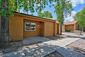 3511 E BASELINE Road, 1038, Phoenix, AZ 85042