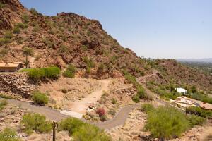 5246 E Red Rock Drive, 35, Phoenix, AZ 85018