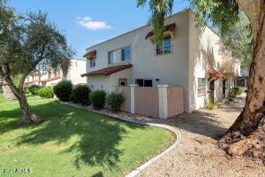 1232 E LAWRENCE Lane, Phoenix, AZ 85020