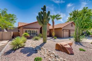 3305 E CEDARWOOD Lane, Phoenix, AZ 85048