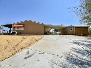 2436 W WOLFTRAP Road, New River, AZ 85087