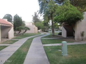 8466 N 54TH Drive, Glendale, AZ 85302