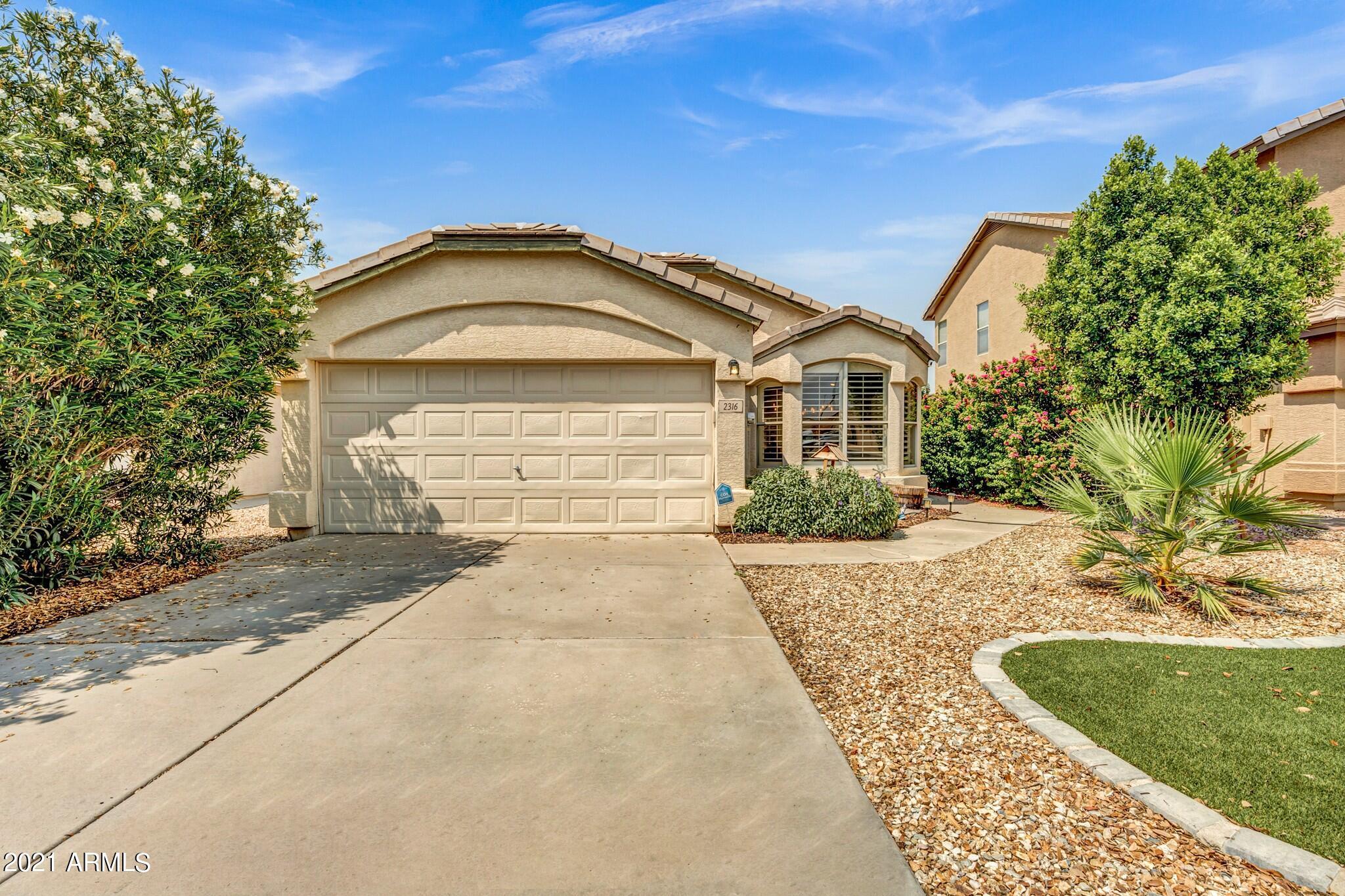 2316 PINTO Drive, Gilbert, Arizona 85296, 3 Bedrooms Bedrooms, ,2 BathroomsBathrooms,Residential,For Sale,PINTO,6277810