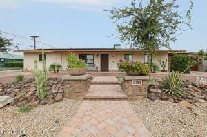 11404 W KANSAS Avenue, Youngtown, AZ 85363