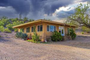 630 S KELLIS Road, Wickenburg, AZ 85390