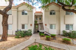 10401 N 52ND Street, 203, Paradise Valley, AZ 85253