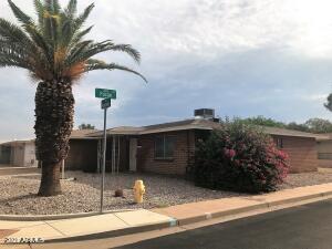1049 S ROANOKE Street, Mesa, AZ 85206