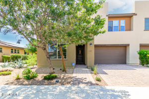 803 E SILVERSWORD Lane, Queen Creek, AZ 85140