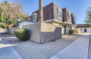 8236 N 34TH Drive, Phoenix, AZ 85051