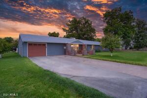 3802 E Campbell Avenue, Phoenix, AZ 85018